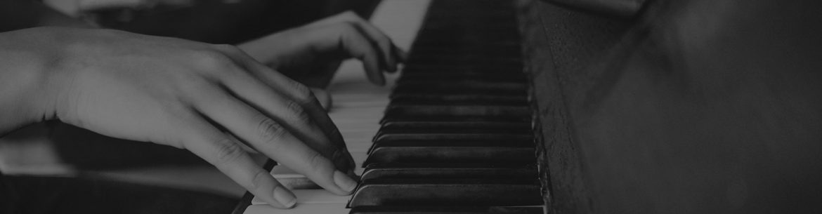 young-hands-playing-piano.jpg